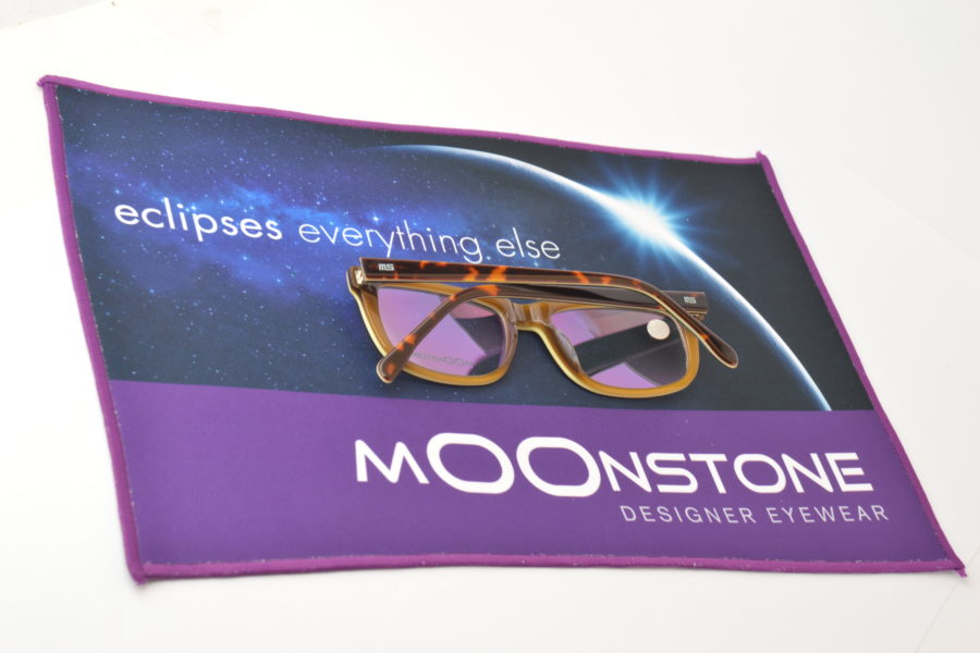 mOOnstone dispensing mat